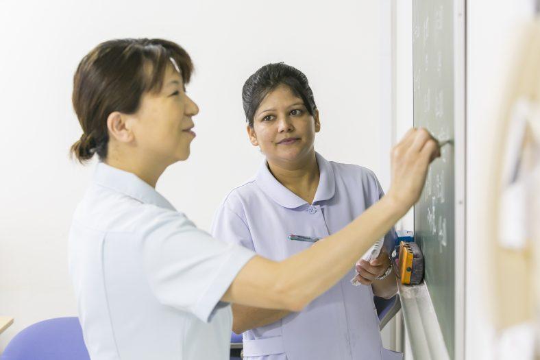看護助手インタビュー #02  留学生・外国人