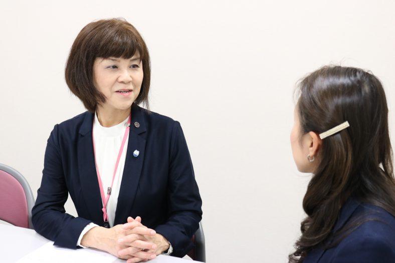 内山弘子様(千葉県済生会習志野病院)「泣いてもいいんです。転んでもいいんです」